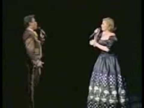 Juan Gabriel Dueto con Rocio Durcal - El Destino - YouTube