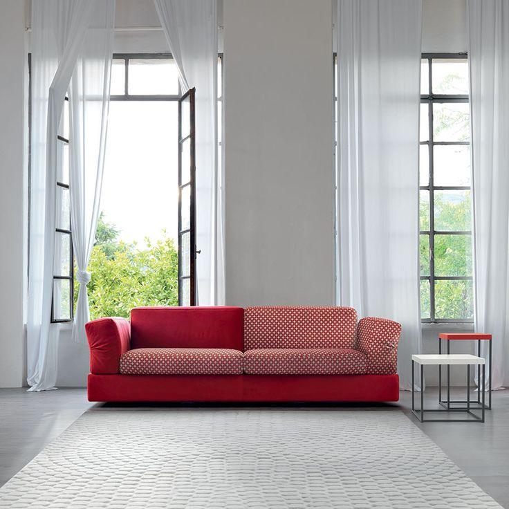 Arredare il salotto con un divano rosso: under doimo salotti.