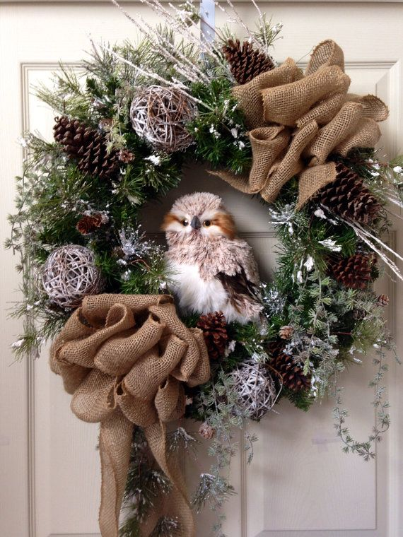 Woodsy Snow Owl Wreath