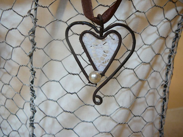 wire and lace necklace