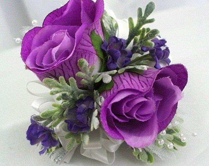 Ramillete de la muñeca de blanco y púrpura, morado de Dama de honor, baile ramillete púrpura, morado y plata, las damas de honor boda de oscura seda lavanda