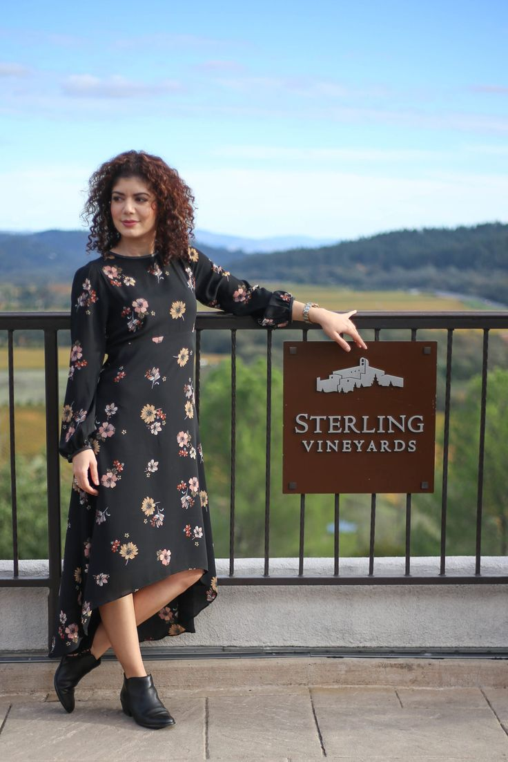 polished whimsy travels to wine country and displays her city weekend getaway outfits