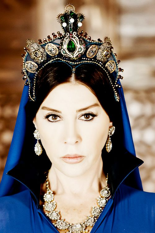 "kosem-sultan: ""♕ ""My hope lies with no one but you Forgive me, forgive your Selim!"" """