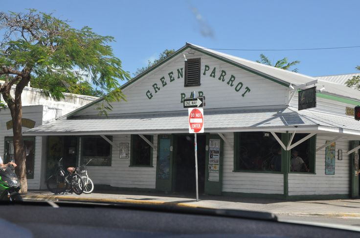 Jimmy buffett 39 s old stomping grounds in key west for Classic house keys samplephonics