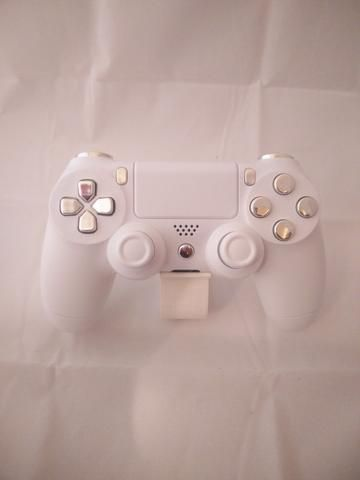Arctic White Themed w/ Chrome Silver Buttons PS4 Controller