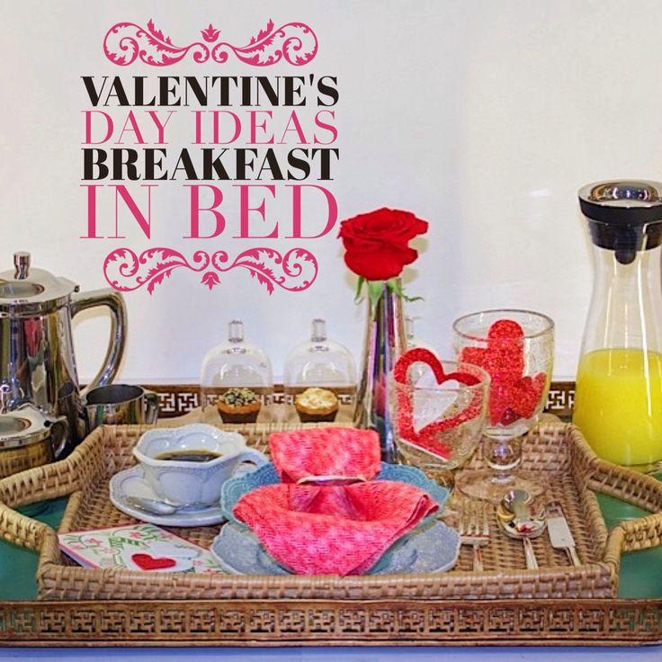 Bandeja de desayuno, lista para llevar a la cama.