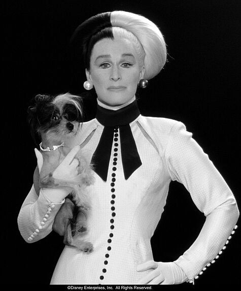 Classic Black and white.....Pictures & Photos from 102 Dalmatians (2000)