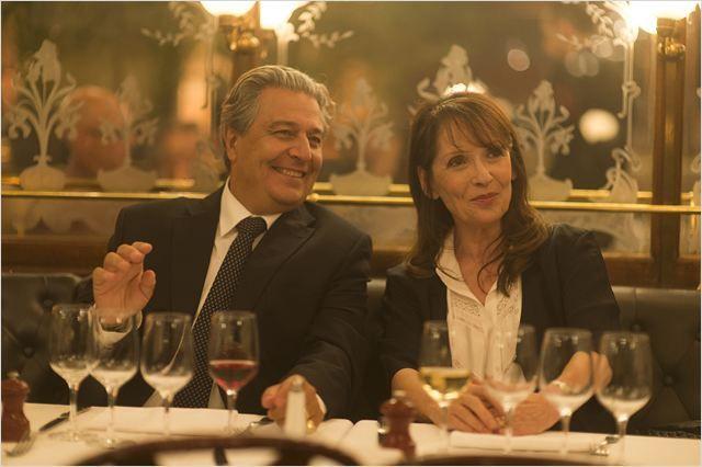 """Chantal Lauby et Christian Clavier au Grand Colbert dans le prochain #Film Qu'est-ce qu'on a fait au Bon Dieu"""" #Restaurant #Paris #Brasserie #Cinéma #MovieStars #LeGrandColbert"""