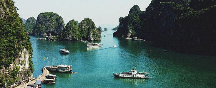 Ha Long Bay. #vietnam #halongbay #travel #wandering #boats