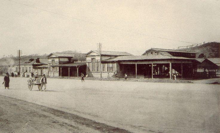 서울역 [Seoul station] Seoul, Korea, 1910 Photographer Unidentified