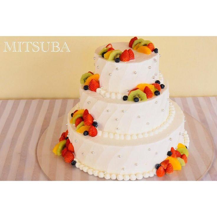 いいね!57件、コメント2件 ― mitsubaさん(@mitsuba_328)のInstagramアカウント: 「* ミツバのケーキは、甘さ控え目です、、♡ 3月になり、ウェディングケーキのご注文が 増えて参りました✨ #cake #cafe #weddingcake #happywedding…」