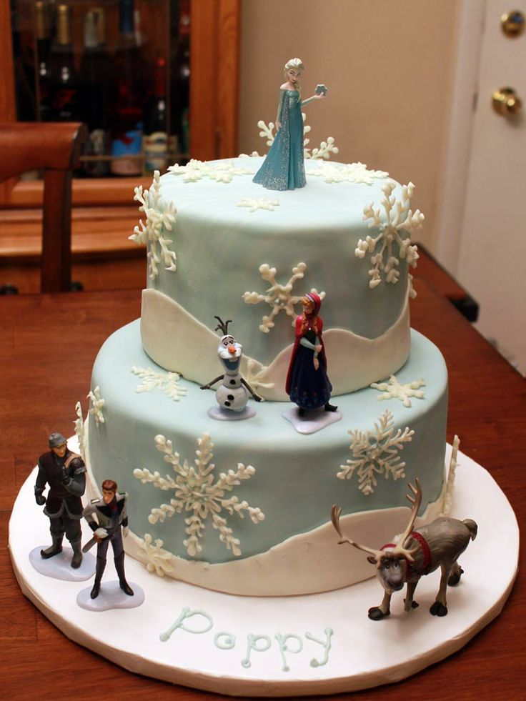 """Frozen"" Birthday cake"