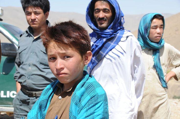 Hazaras in Daykundi Province : Hazara people from central Afghanistan ◆Afghanistan - Wikipedia http://en.wikipedia.org/wiki/Afghanistan #Afghanistan ◆Hazara people - Wikipedia http://en.wikipedia.org/wiki/Hazara_people #Hazara