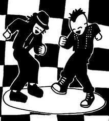 Ska-Punk: Es el sonido del punk combinado con el ska, con ritmos rápidos y uso de instrumentos como trompetas o saxofones. Los ejemplos más significativos están en No Doubt, Operation Ivy (a quienes muchos señalan como los pioneros), Rancid, Kortatu, Ska-P, Skankin Pickle o Less Than Jake, varias canciones de NOFX, The Offspring y Propagandhi, etc.