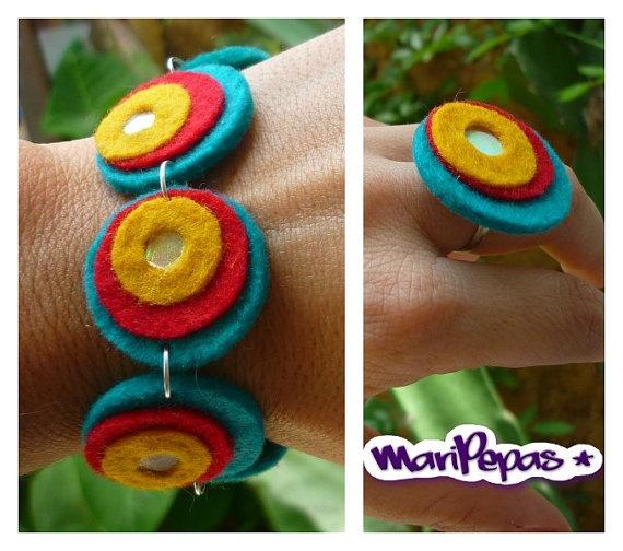 Felt and recycled cds bracelet Ecofriendly bracelet by MariPepas, $17.00