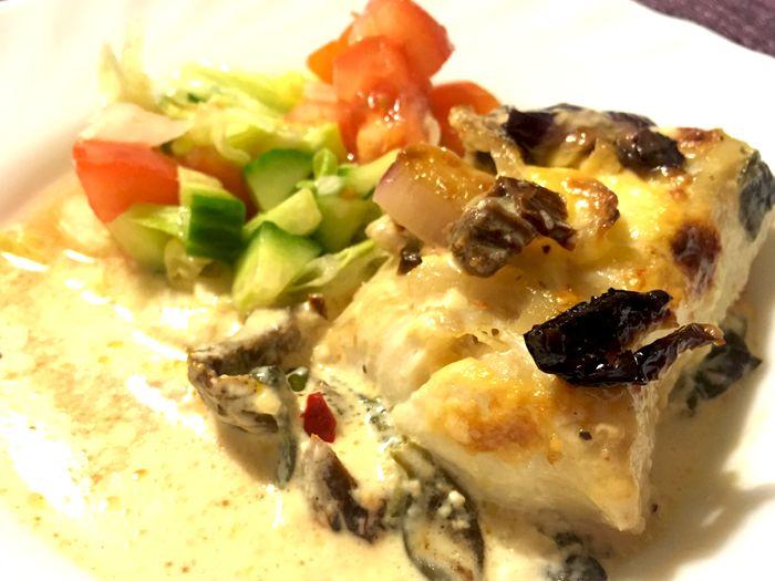 Supergott med torsk, spenat, lök och sambal oelek