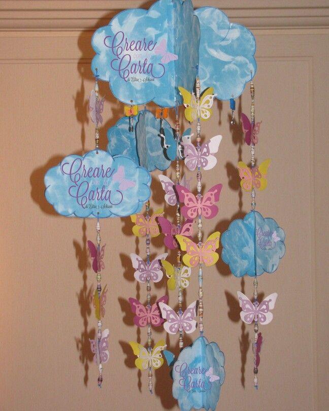Scacciapensieri a modo mio #handmade #lemaddinecreano #lemaddine #paper #fattoamano #creareconlacarta #carta #farfalle #papercraft #nuvole #perle