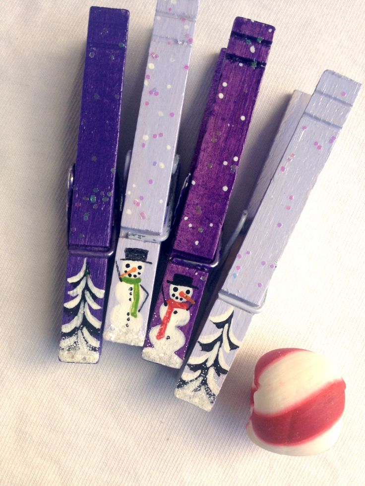 CHRISTMAS CLOTHESPINS hand painted purple and lavender