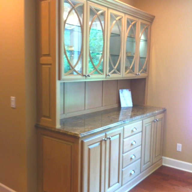 Built in China hutch I want something similar! | Dining