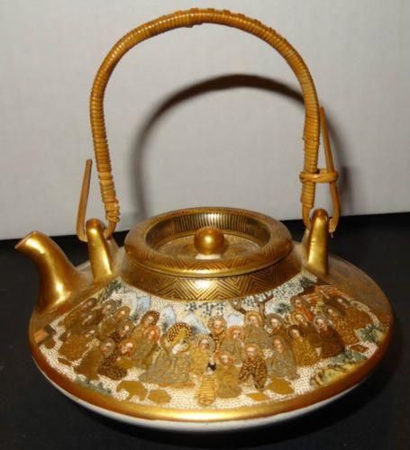 Porcelaine-Meiji-period-Satsuma-teapot-Meizan-Hododa-theiere-en-tres-bel-etat