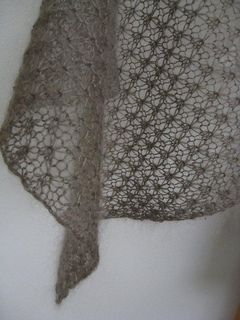 I contribute all sales of this pattern to Japan Earthquake and Tsunami relief until the end of March 2012.