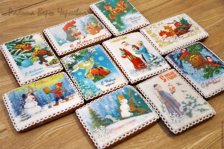 Купить или заказать Новогодние пряничные ретро-открытки в интернет-магазине на Ярмарке Мастеров. Милые сердцу картинки на новогодних пряничных открытках! Другие новогодние пряники смотрите здесь: www.livemaster.ru/zyaba?cid=87225&clb=2&sort=0&sorder=desc _________________________________________ Своя пекарня. Все пряники съедобные, вкусные и ароматные, не содержат каких-либо искусственных консервантов. Состав: Мука пшеничная в/с, сахар карамелизирован...