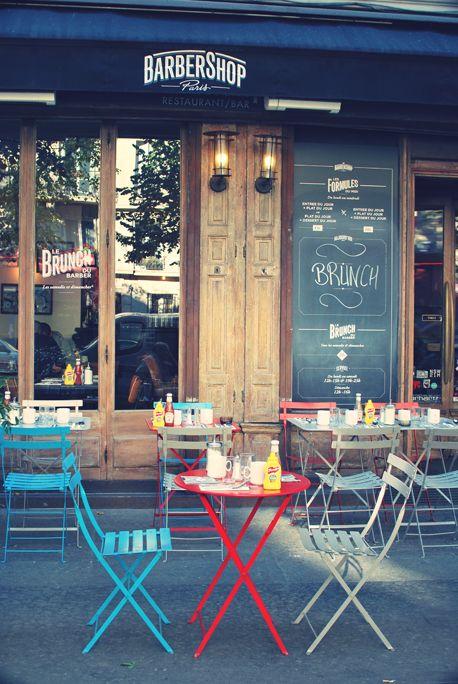 Barbershop | Paris -★- Chaises et tables Bistro métal Fermob couleurs Tilleul, Coquelicot et Bleu Turquoise
