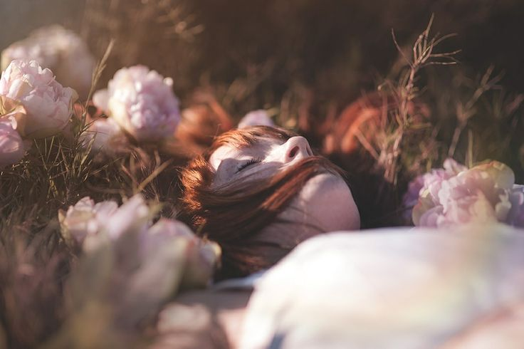 Close ur eyes, dreams! #cute #flower #flowers #colour #gir #spring # redhead