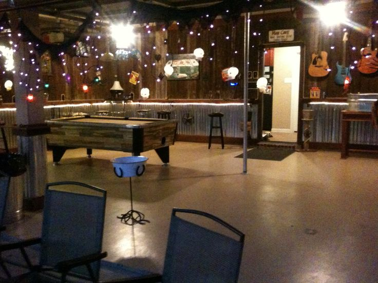 Best Rustic Man Cave Bar Garage Man Town Pinterest