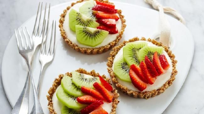 Healthier no bake fruity cheesecake tarts Itaste.com.au   #sweet #desserts #yum #fruity