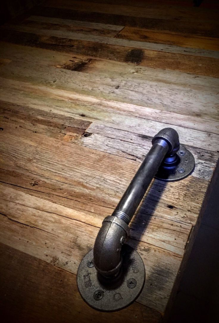 Industrial Pipe Door Handle | Barn Door Handle | Pipe Door Handle | Industrial Decor | SteamPunk pipe Draw pull l Rustic Décor #rustic #vintage #upcycle #industrial #barn #barndoor #handle #barndoorhandle #country #countrychic #pipe #plumbing #plumbing #plumbing FREE SHIPPING on all Orders over $100 until Thanksgiving Day. @whatsoldsnew Use code: 100FREESHIP