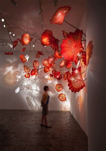 Dale Chihuly glass art sculpture exhibit