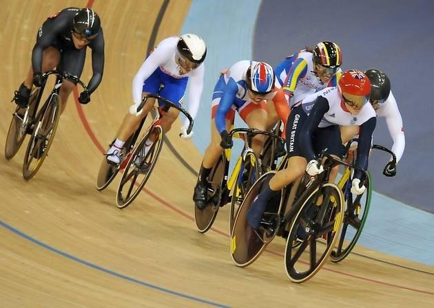 Victoria Pendleton wins keirin gold (EADT24)