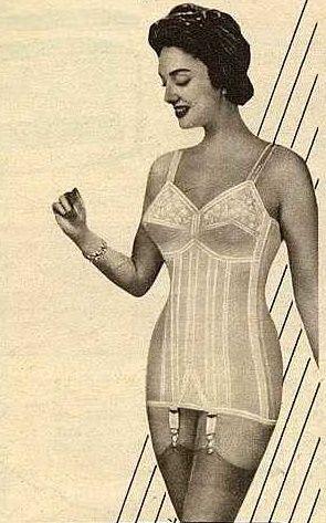 voller freude im neuen korselett vintage corselettes