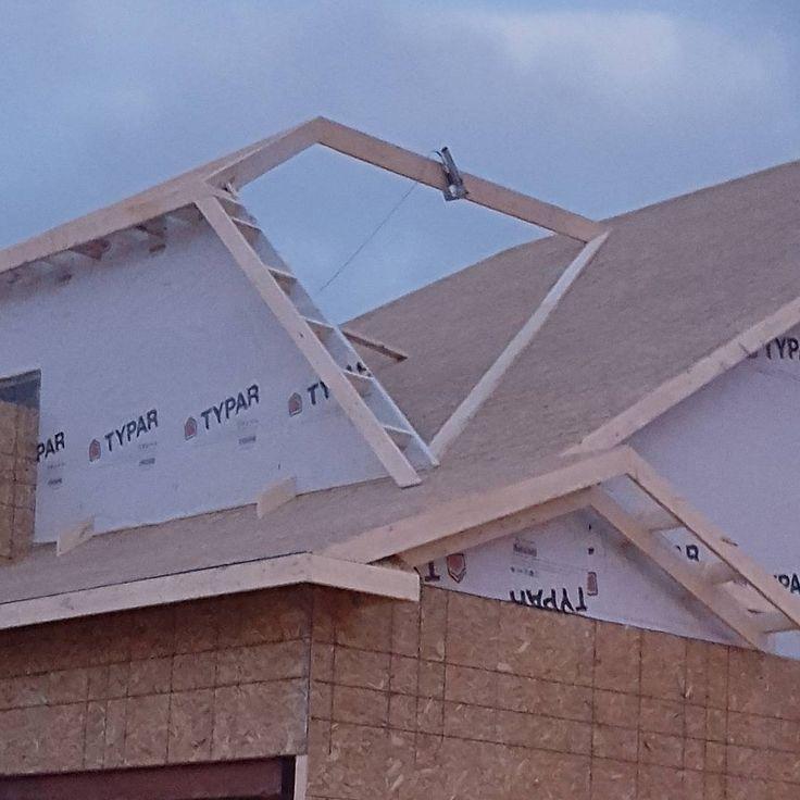 17 best images about syst me de charpente de toit on for Jerkinhead roof construction