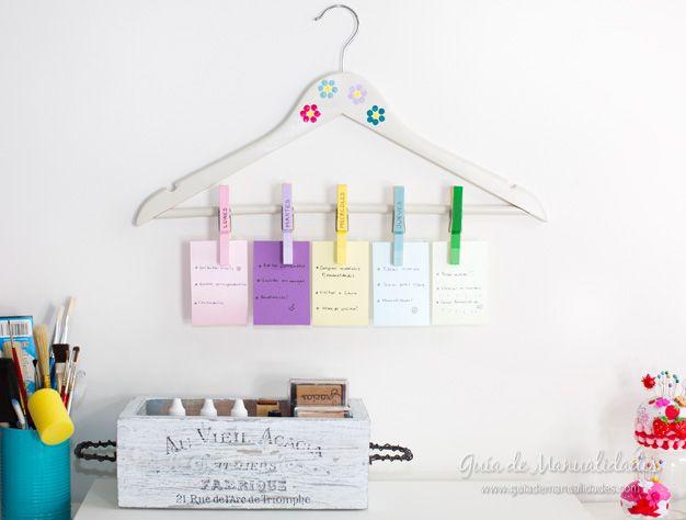 Organizador semanal con pinzas para la ropa