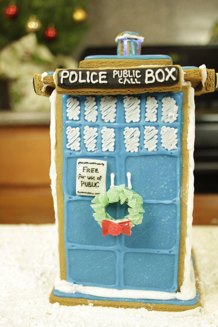 @Amy Lyons G.  :) Gingerbread house tardis :)