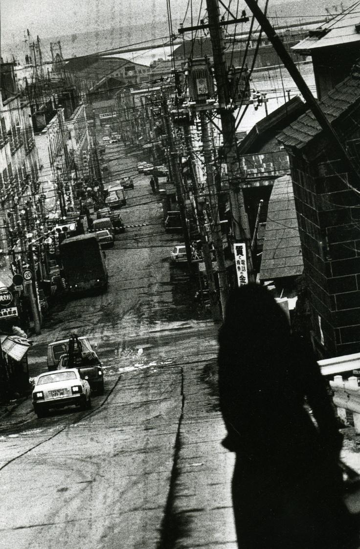 Along the road-Daido Moriyama