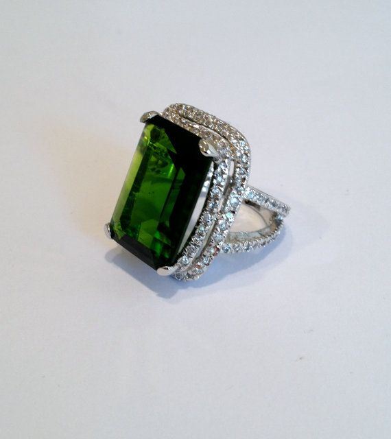 Vintage Emerald and Pave Estate Jewelry Ring by WOWTHATSBEAUTIFUL