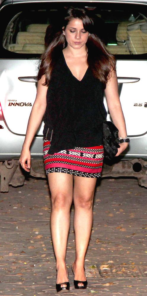 Neelam Kothari at Karan Johar's birthday party #Bollywood ...