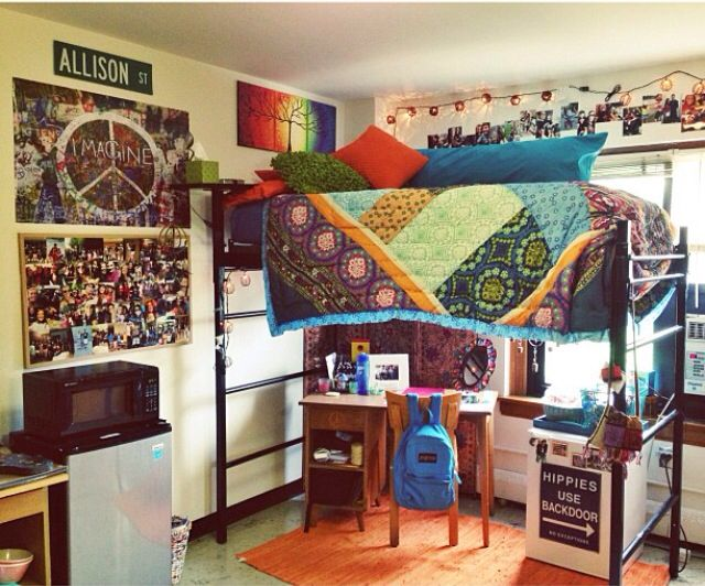 Dorm room decor hippie bohemian room pinterest for Room decorating ideas hippie
