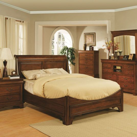 Best 25  Traditional bedroom furniture sets ideas on Pinterest   Dark wood  bedroom  Traditional bedroom decor and Dark furniture. Best 25  Traditional bedroom furniture sets ideas on Pinterest