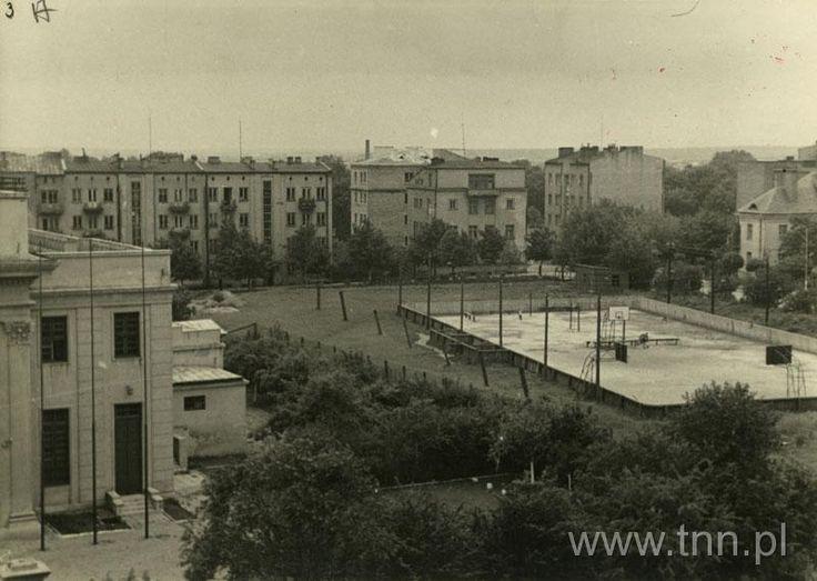 Lodowisko przy ul. Grottgera 1956r