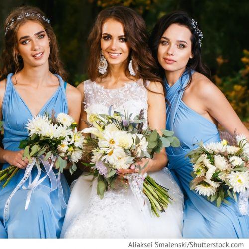 Свидетели жениха и невесты Большую роль на свадьбе играют свидетель жениха (шафер) и свидетельница (подруга невесты)