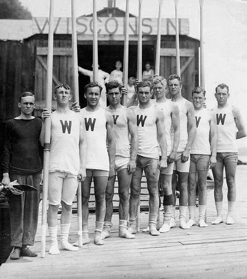 Wisconsin University rowing team, 1920s