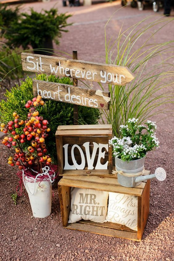 Rustic Chic Fall Wooden Crates Wedding Decor / http://www.deerpearlflowers.com/country-wooden-crates-wedding-ideas/2/