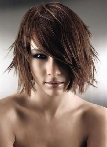 Frisyrer halvlångt hår 96