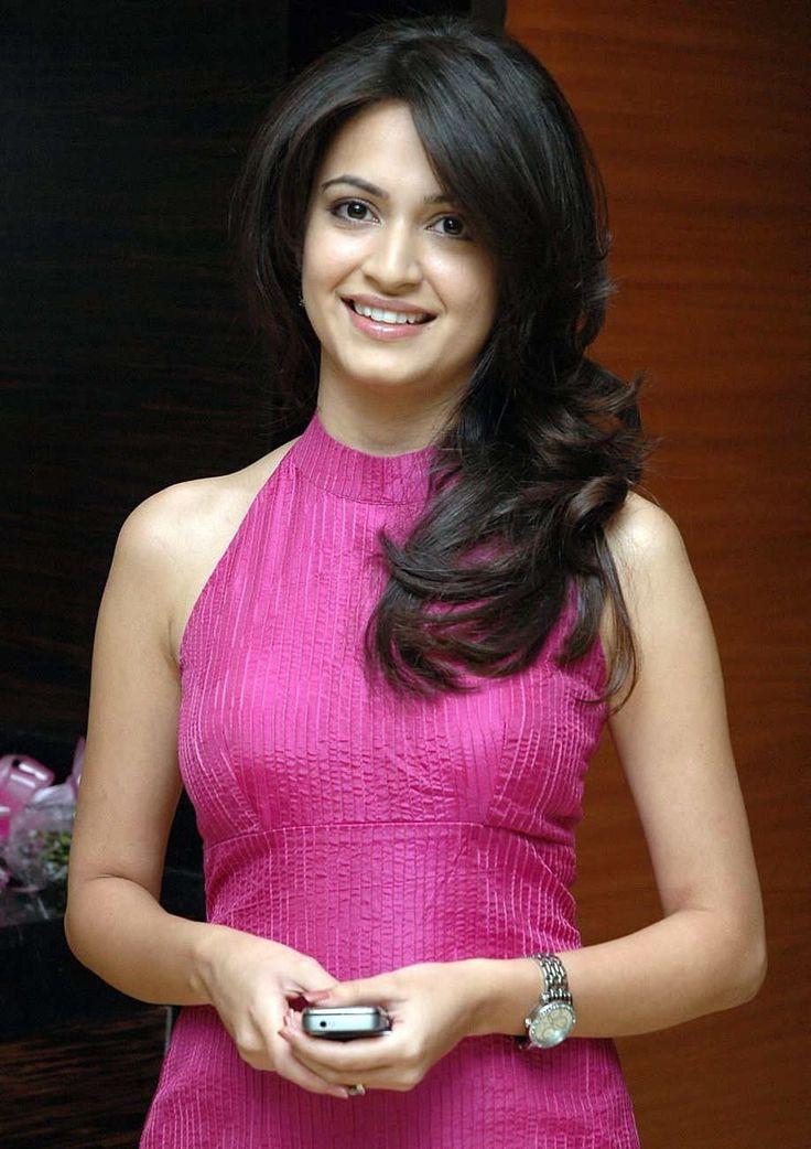 Shweta jadhav hot sexy spicy skirt navel tight cleavage show