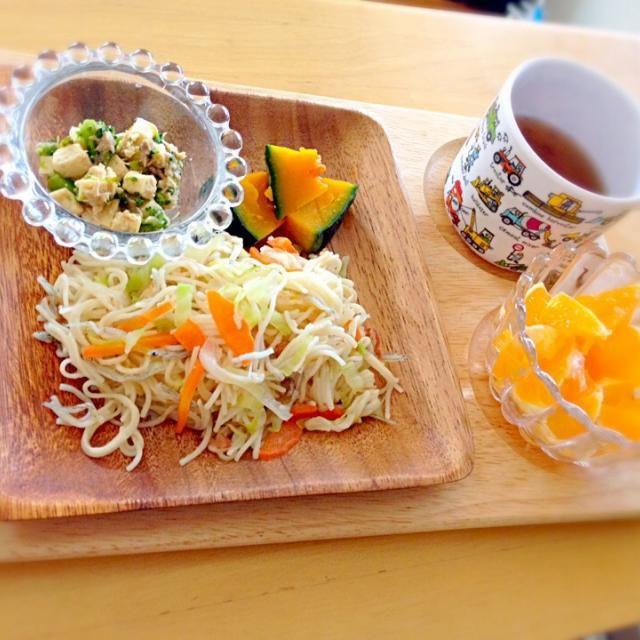 ・そうめんチャンプル ・ブロッコリーとツナの炒り豆腐 ・かぼちゃ ・伊予柑 - 4件のもぐもぐ - 息子昼食 by eri6812