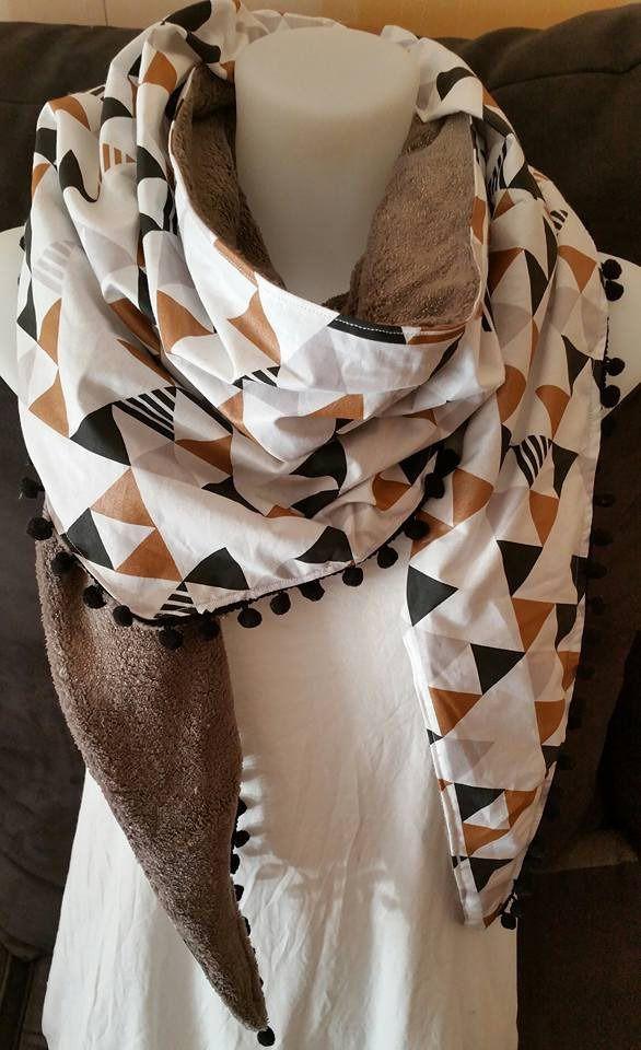 Chèche XL d'hiver, coton doublé polaire marron reflets mordorés, galon pompons noirs : Echarpe, foulard, cravate par pixandpearls